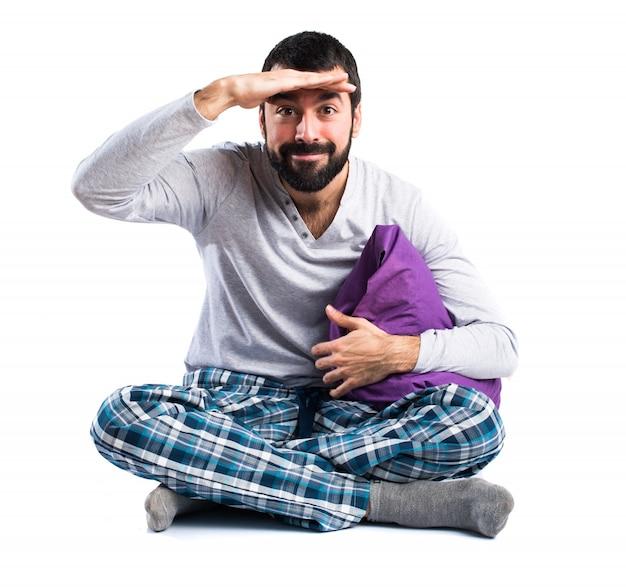 Réveil pyjamas oreiller réveillé