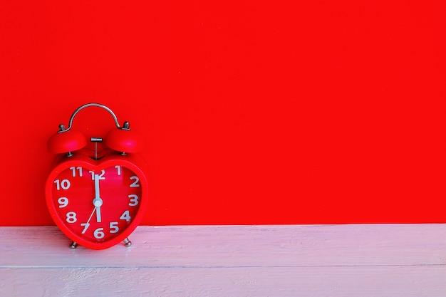Réveil rouge