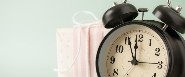 Réveil de style rétro et coffret cadeau