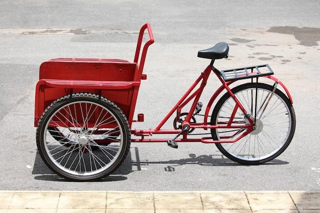 Rickshaw ancien cycle en thaïlande