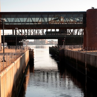 Riverbank à boston, massachusetts, états-unis