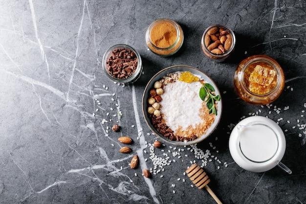 Riz au lait au miel et à la cannelle