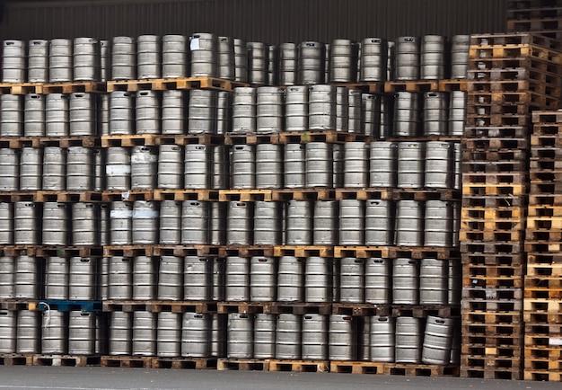 Riz de bière en rangées régulières
