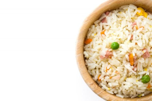 Riz chinois frit avec légumes isolé vue de dessus copie espace