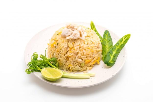 Riz frit au crabe