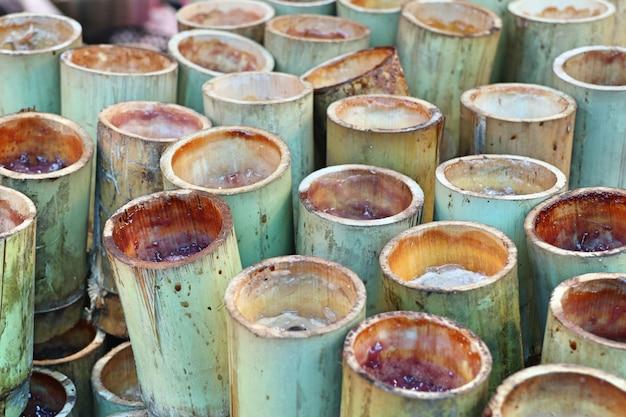 Riz grillé au bambou