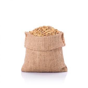 Riz jaune thaïlandais dans un petit sac