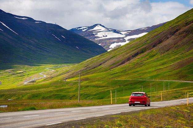 Road trip à la campagne en islande, summertime