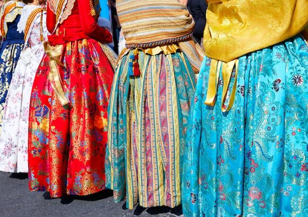 Robe falleras inconnues de la fête des fallas à valence