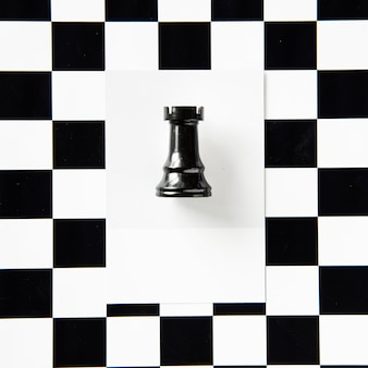 Rook pièce d'échecs sur un motif