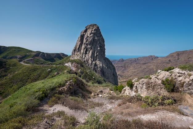 Roque agando sur l'île de la gomera, îles canaries, espagne.