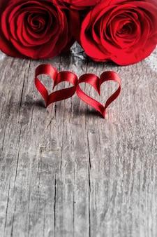 Roses et coeurs