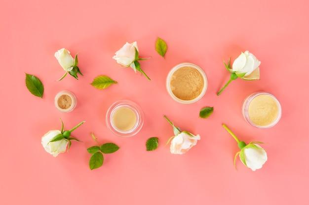 Roses et produits cosmétiques