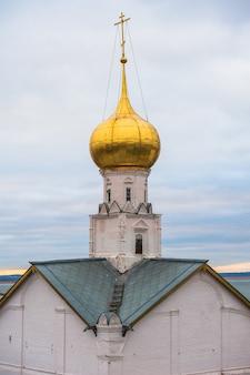 Rostov, russie. image de l'ancienne ville de rostov. belle maison un