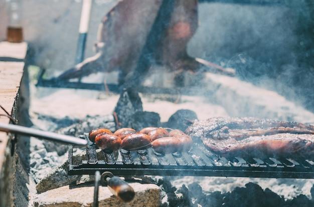 Rôti d'agneau au barbecue