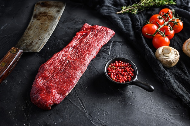 Rôti triangle cru ou steak de bœuf à trois pointes