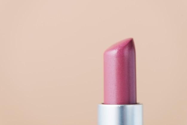 Rouge à lèvres gros plan rose