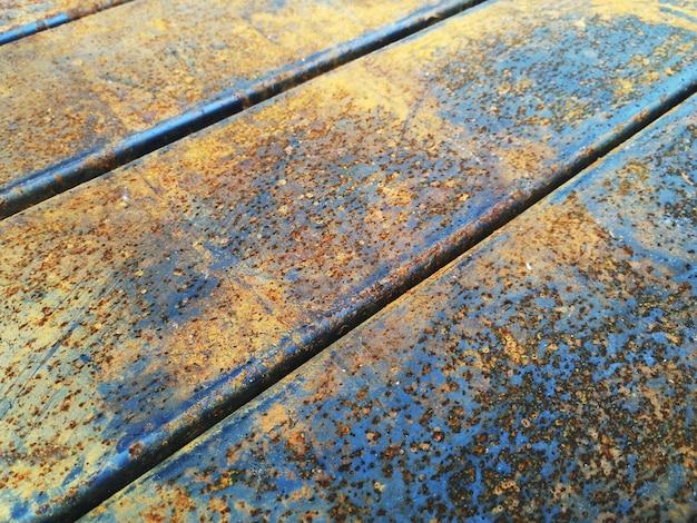 Rouillé sur le vieux acier pour le fond