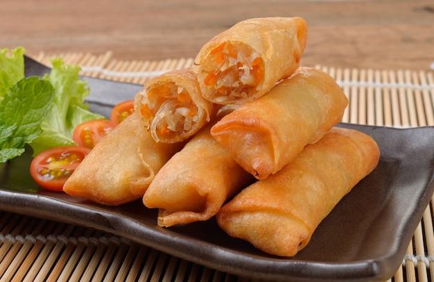Rouleau de printemps chinois frit pour l'apéritif