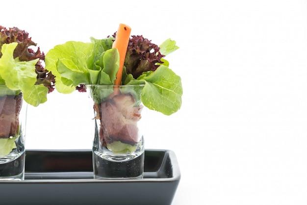 Rouleau de salade au bacon