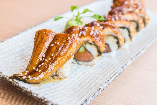 Rouleau de sushi à l'anguille