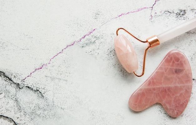 Rouleau de visage en jade pour la thérapie de massage du visage de beauté