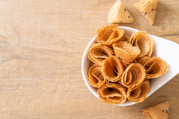 Rouleaux croustillants à la noix de coco