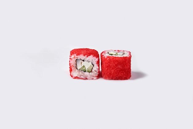 Rouleaux de sushi au caviar rouge