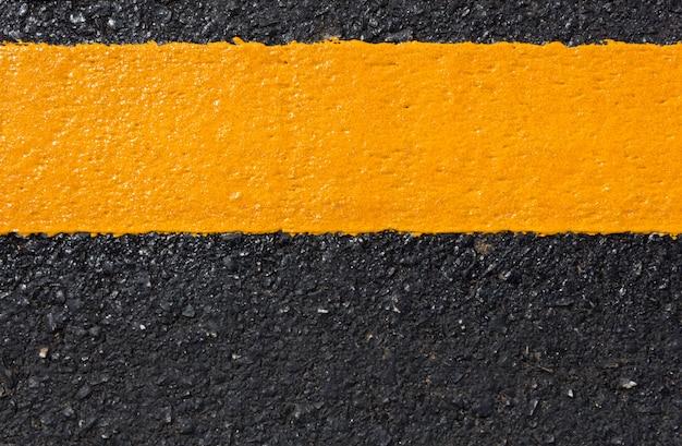Route asphaltée comme abstrait