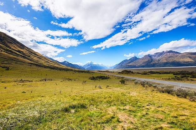 Route menant au mont cook, nouvelle-zélande