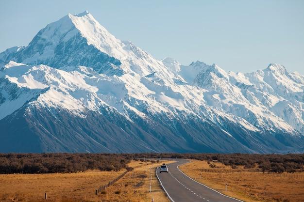 La route des montagnes. mount cook, nouvelle-zélande
