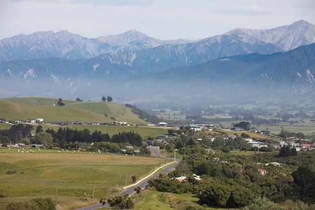 Route Vers Les Montagnes Photo Premium