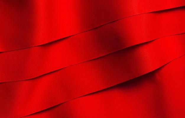 Rubans de satin rouge