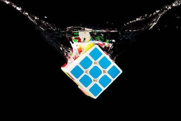 Rubik cube immergé
