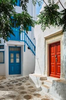 Rue grecque sur l'île de mykonos