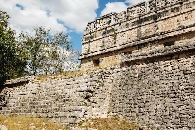 Ruines anciennes à chichen itza