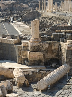 Ruines d'un bâtiment sur un site archéologique, parc national bet she'an, district de haïfa, israël