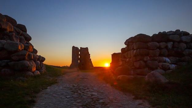 Ruines du château médiéval de navahrudak, biélorussie
