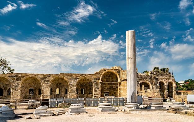 Ruines du temple d'apollon à side, province d'antalya en turquie