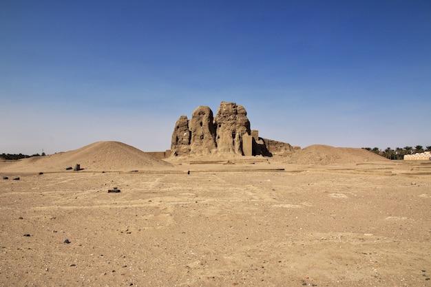 Ruines du temple égyptien antique à sesebi, soudan