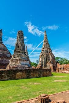 Ruines majestueuses de 1629 wat chaiwatthanaram construites par le roi prasat tong