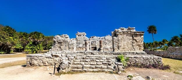 Ruines mayas antiques à tulum dans l'état de quintana roo au mexique