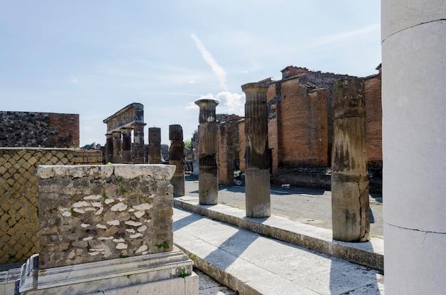 Ruines De Pompéi En Italie Photo Premium
