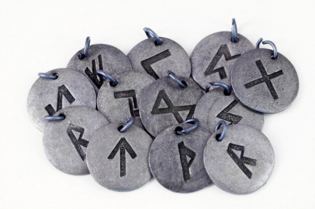 Runes norses