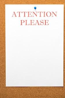 S'il vous plaît attention écrit sur papier à lettres. conseil de liège