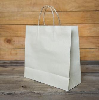 Sac D'emballage Alimentaire En Papier Artisanal, Sac à Provisions En Papier D'emballage écologique Jetable Photo Premium