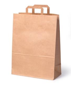 Sac à provisions en papier isolé sur fond blanc