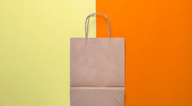 Sac à provisions en papier vide