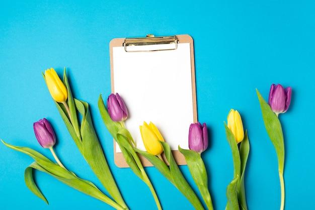 Saint valentin fête des mères 8 mars printemps