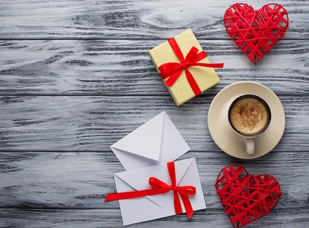 Saint valentin fond avec des coeurs